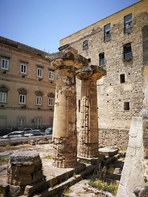 Colonne Tempio di Poseidone a Taranto.