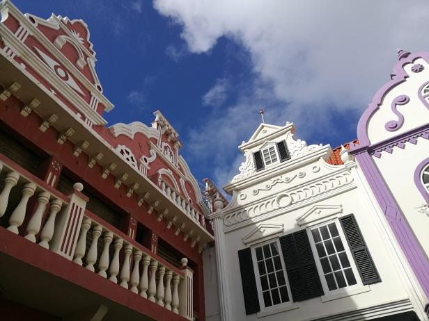 Oranjestad è la capitale dell'isola.
