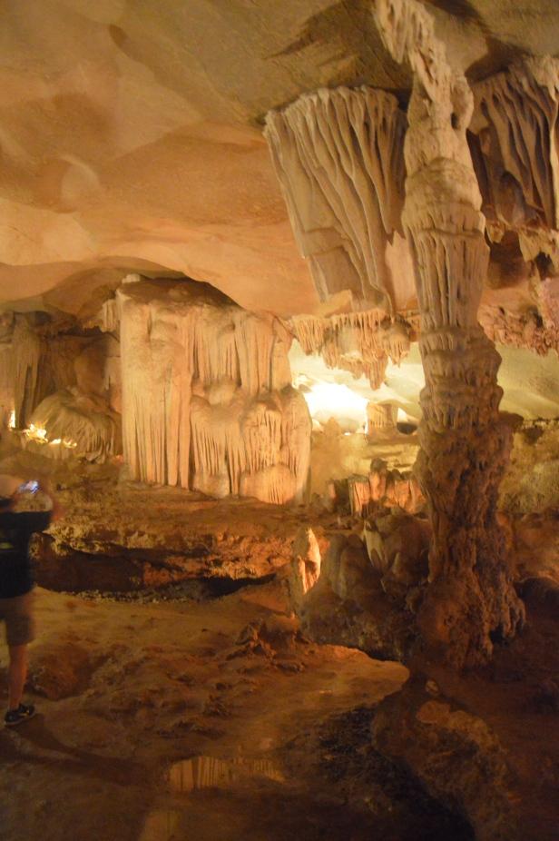 Grotta Thien Canh Son, baia di Ha Long.