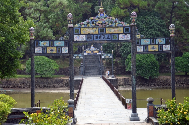 Tomba imperiale di Minh Mang, Hué.