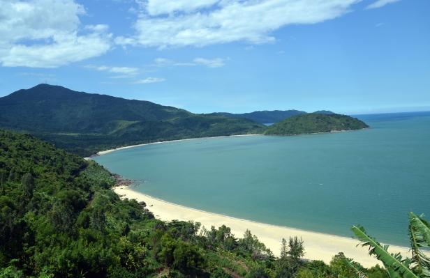 Vista dalla strada tra Hué e Da Nang.