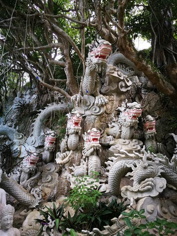 Le montagne di marmo, Da Nang.