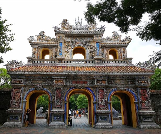 Cittadella imperiale di Hué, ingresso per gli uomini.