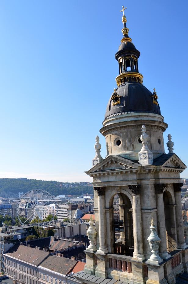 Vista dalla cupola della Basilica di Santo Stefano.