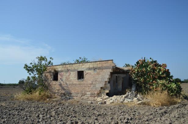 Borgo Tressanti, contrada Marrella: casolare degli anni '60.