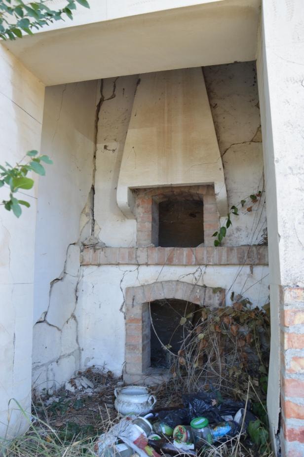 Forno a legna delle case degli anni '50 costruite dall'Ente di Riforma Fondiaria.